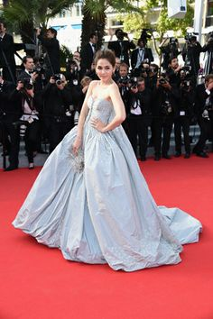 """Araya Alberta Hargeyt in Zac Posen at the premiere of """"Sils Maria"""" #Cannes2014"""