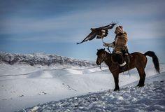 China: Cazando con el águila real   El Viajero   EL PAÍS