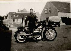 Arne Kofoed med Nimbus motorcykel