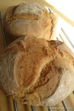 Pan de espelta integral ecológico, de miga blanda y corteza crujiente. www.cocinasalud.com