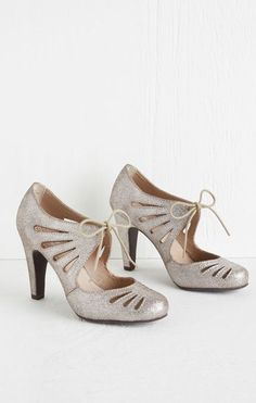 Seychelles Brave Heel in Pewter/ Retro Vintage Heels