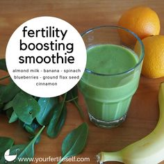My favorite go-to smoothie full of yummy and fertility-boosting ingredients! Cooking for fertility (recipes) Green Detox Smoothie, Green Smoothie Recipes, Fruit Smoothies, Healthy Smoothies, Smoothie Diet, Healthy Fats, Healthy Shakes, Protein Shakes, Healthy Life