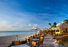 Hoteles con Restuarante: Bar Sol del Grand Cayman Marriott Beach Resort