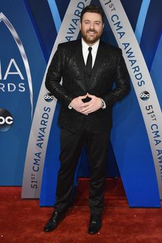 Singer-songwriter Chris Young attends the annual CMA Awards at the Bridgestone Arena on November 2017 in Nashville, Tennessee. Get premium, high resolution news photos at Getty Images Country Music Artists, Country Singers, Chris Young Music, American Country Music Awards, Alan Young, Celebrity Outfits, Celebrity News, Celebrity Style, My Handsome Man