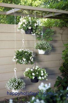 Green and White Garden Ideas 30