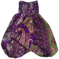 Our Vintage Silk Happy Harems are a perfect addition to any little gypsies wardrobe. Made 100% vintage sari silk, with a super stretchy waist, they are perfect for little explorers, giving lots of room to move about. Also great for easy access to those little squishy nappy bums.Please note: Vintage sari silk tells a story of the history and tradition of India. There may be slight imperfections. This is not a fault.
