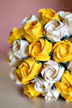 Bouquet de Origami - Rosas Kawasaki. Acabamento em juta e sisal. Foto: Michelle Pereira Fotografia www.innovadesign.com.br contato.innovadesign@gmail.com                                                                                                                                                                                 Mais