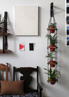 How to: Tiered Hanging Pots @Jamie Dorobek {C.R.A.F.T.} #planter #plant #decor