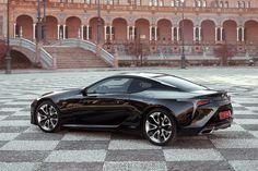 2018-Lexus-LC-500h-rear-three-quarter.jpg (2040×1360)