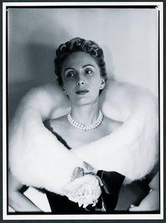 Sonsoles de Icaza y de León, marquesa de Llanzol, vestía exclusivamente de Balenciaga