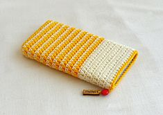 """New Cheap Bags. The location where building and construction meets style, beaded crochet is the act of using beads to decorate crocheted products. """"Crochet"""" is derived fro Crochet Phone Cover, Crochet Case, Quick Crochet, Crochet Purses, Bead Crochet, Crochet Gifts, Learn To Crochet, Diy Crochet, Crochet Bag Tutorials"""