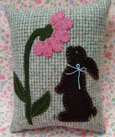 Wool Applique Patterns, Applique Pillows, Hand Applique, Felt Applique, Quilt Patterns, Wool Pillows, Wool Applique Quilts, Applique Designs, Fall Potpourri