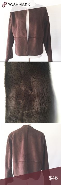 """BANANA REPUBLIC FAUX FUR LINED OPEN JACKET Excellent cont. made in Italy. Pit to pit measures 23"""" lying flat. Banana Republic Jackets & Coats Blazers"""