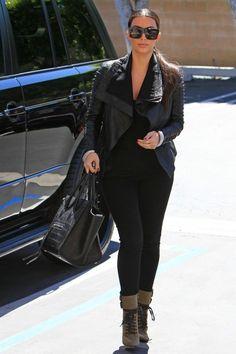 Kim-Kardashian-Giuseppe-Zanotti-Shoes-Fashion-Flashback-018