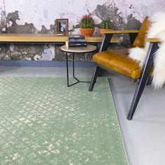 - Vintage matta - Wonder Rustic Green - Vintage carpet - Wonder Rustic green 140 x - - Home Living Room, Rugs On Carpet, Sweet Home, House Design, Interior Design, Interior Styling, Rustic, Inspiration, Furniture