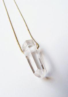 friedasophiejewelry:  Clear Quartz Point Necklace Gold F OOAK by friedasophiewww.friedasophie.etsy.com