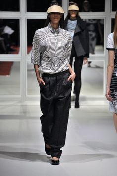 Look Roadie Shirt with Sober Trousers London College Of Fashion, Fall Winter, Autumn, Ready To Wear, Runway, Trousers, Normcore, Sober, Chic