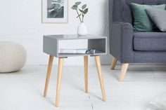 Nočný stolík s dubovým drevom sivý. Design Tisch, Hygge Home, Interior Decorating, Interior Design, Style Retro, Scandinavian Style, Interior Architecture, Living Room Decor, House Design