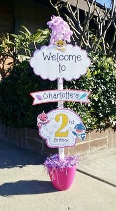 Baby Shark Party: Welcome Sign. Baby Shark Party: Welcome Sign. 2nd Birthday Party For Girl, Unicorn Birthday Parties, Baby Party, Birthday Ideas, Shark Party Decorations, Birthday Party Decorations, Baby Shark, Shark Hat, Colorful Fish
