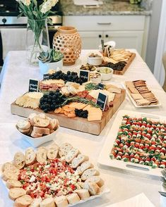 Wine and cheese party - 2020 Wedding Trends 20 Charcuterie Board or Table Ideas – Wine and cheese party Meat And Cheese Tray, Charcuterie And Cheese Board, Charcuterie Platter, Wine And Cheese Party, Wine Tasting Party, Wine Parties, Cheese Boards, Charcuterie Wedding, Cheese Board Display