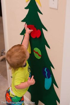 DIY Xmas tree to decorate over & over for toddler :)
