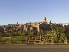 Val D'Orcia e Val di Chiana on the road! #giruland #diario #viaggio #diariodiviaggio #raccontare #scoprire #condividere #turismo #blog #travelblog #fashiontravel #foodtravel #matrimonio #nozze #lowcost #risparmio #trekking #panorama #emozioni #toscana #orcia #saturnia #pitigliano #radicofani monticchiello #cortona #anghiari