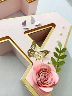 Diy Letters, Letter A Crafts, Baby Birthday Cakes, Birthday Parties, Hand Crafts For Kids, Mermaid Wallpapers, Circuit Crafts, Fiesta Decorations, Boquet