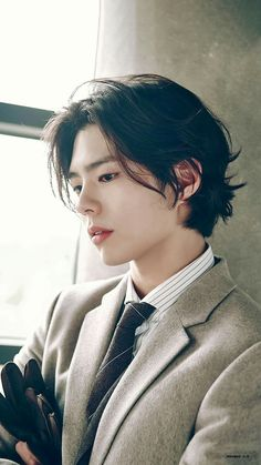 park go bum Park Go Bum, Photographie Portrait Inspiration, Asian Men Hairstyle, Hair Reference, Character Reference, Bo Gum, Grunge Hair, Haircuts For Men, Korean Actors