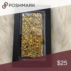 Marc Jacobs gold foil design iPhone 6 case ✨BNIB!✨  🛍2+ BUNDLE = 💰SAVINGS!  ‼️= PRICE FIRM!   💯BRAND AUTHENTIC   ✈️ SUPER FAST SHIPPING!   🖲 USE THE OFFER BUTTON TO NEGOTIATE!  ❓ Questions? Just comment! ❤️  🤗❤✌🏼HAPPY POSHING!✌🏼❤️🤗 Marc by Marc Jacobs Accessories Phone Cases