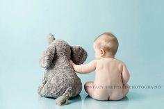 Baby und Elefant #fotoshooting #besterFreund #süße #Idee #Inspiration