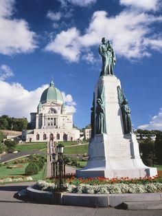 A description of what it's like to visit the oratory in Montreal where Saint Andre Bessette lived.