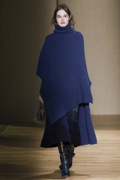 Agnona Fall 2017 Ready-to-Wear Collection Photos - Vogue