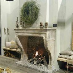 Stand Wonen Landelijke Stijl @ Woonbeurs Rai Amsterdam Decor, Interior Design, Home, Interior Design Living Room, Interior, Fireplace, Home Decor, Living Design, Living Room Designs