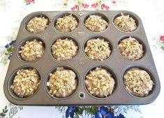 Briose Integrale cu Banane si Nuci ⋆ Retete Pentru O Viata Raw Vegan, Deserts, Muffin, Breakfast, Ethnic Recipes, Sweets Recipes, Food, Cookies, Diet