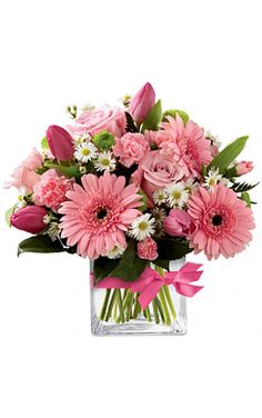 Which is your favorite type of flower in this vase?  http://bit.ly/2tqZGOB #gerbera #carnation #roses #daisies #flowers #love #gift #bloomsonlypune