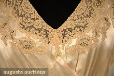 TROUSSEAU LINGERIE SET, 1930s 2-piece champagne silk charmeuse w/ taupe Alencon lace c/o trained negligee 1930s satin & lace lounging gown