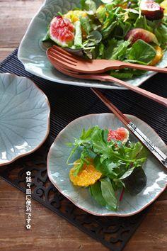 ロータスの葉のお皿15cm 雑貨とセラドン焼き食器の通販専門ショップ【ゆるんふる】