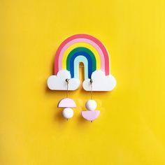 Pendientes largos geometricos, pendientes lagrima ceramica, half moon earrings, polimerica clay earrings, pendientes minimalistas, joyería Etsy, Design, Minimalist Earrings, Allergies, Parts Of The Mass