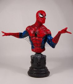 Spider-Man Classic mini-bust Sculpted by: The Kucharek Brothers  Release Date: May 2007 Edition Size: 3750 Order Of Release: Phase III (bust #167)
