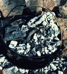 The Dutch Oven Cookbook | A free pdf download that you can print out and keep if you want #survivallife www.survivallife.com