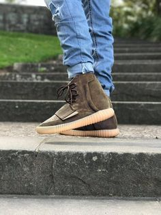 76a491ec2446e9 How to get mens size Adidas Yeezy Boost 750 Light Brown   Chocolate sneakers   sneakers