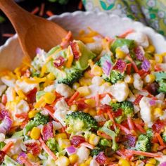 Creamy Broccoli, Cauliflower, Corn, Bacon Salad - Julia's Album Vegetable Salad Recipes, Best Salad Recipes, Salad Dressing Recipes, Vegetarian Recipes, Cooking Recipes, Salad Dishes, Food Dishes, Side Dishes, Broccoli Cauliflower Bacon Salad