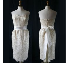 Wedding dress, French lace of Calais, Single model, Vintage 1980's