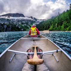Canoeing Lake Lovely Water in The Tantalus Range (via Pebbleshoo) Canoe Camping, Canoe And Kayak, Camping Survival, Outdoor Camping, Camping Photography, Outdoor Photography, Float Trip, Adventure Is Out There, Kayaking
