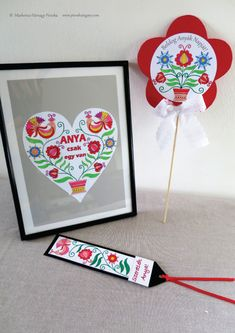 Find the best Mother's Day gifts specifically for your unique mum! Best Mothers Day Gifts, Mothers Day Crafts, Diy Paper, Paper Crafts, Mother's Day Diy, Preschool Activities, Homemade, Christmas Ornaments, Holiday Decor