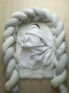 Hohe Qualität und sehr weiches Produkt für Ihr Baby-Schutz. Sie können ihn in Ihrem Baby Kinder Krippe, auf dem Sofa, Bett etc.. DIMENSIONIERUNG: Länge: 60 cm, 70cm, 120cm, 140cm, 180cm, 210cm, 240cm, 280cm - Sie können wählten es. Höhe: 20cm Farbe: Weiß, grau Melange, leicht