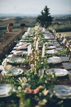 Tuscany wedding tablescape - photo by Lelia Scarfiotti http://ruffledblog.com/organic-destination-wedding-in-tuscany