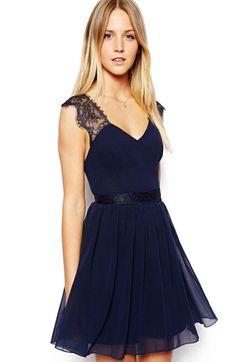 robe col à dos dénudé dentelle -bleu  11.84