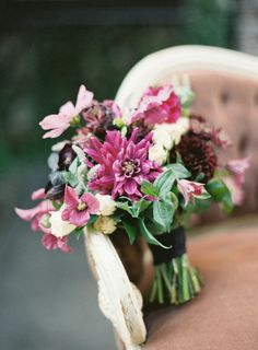 Autumn Wedding bouquet at The Foundry: http://www.stylemepretty.com/2014/09/08/romantic-autumn-wedding-at-the-foundry/ | Photography: Jen Huang - https://jenhuangblog.com/