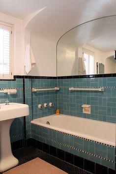 Vintage Blue Tile Bathroom Conventional 41 Aqua Blue Bathroom Tile Ideas and Pictures Bathroom Mid Century Bathroom, Art Deco Bathroom, Bathroom Ideas, Eclectic Bathroom, Downstairs Bathroom, Bathroom Wall, Room Tiles, Wall Tile, Vintage Kitchen